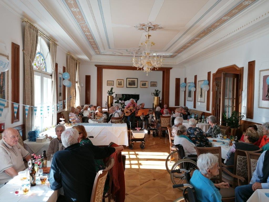 Oktoberfest in der Seniorenresidenz Draupark